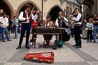 Altstaedter Ring, Musiker, Prag, Tschechien, Unesco-Weltkulturerbe