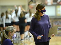 Fayetteville coach Jessica Phelan directs her players Tuesday, Sept. 15, 2020, during play against Bentonville in Tiger Arena in Bentonville. Visit nwaonline.com/200916Daily/ for today's photo gallery. <br /> (NWA Democrat-Gazette/Andy Shupe)