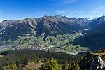 Schweiz, Graubuenden, Klosters: Blick vom Gotschna auf Klosters   Switzerland, Graubuenden, Klosters: view from Gotschna mountain at Klosters