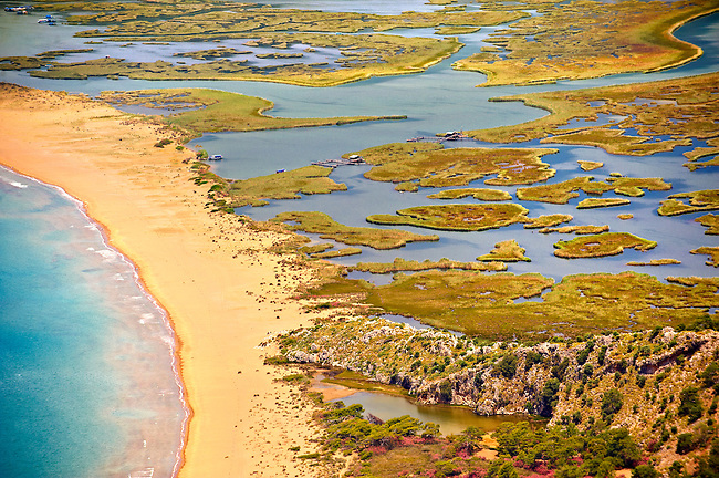 ?ztuzu Beach at the mouth of the Dalyan Çay? River delta. Köyce?iz-Dalyan Special Environmental Protection Area for loggerhead sea turtle nests. Mediterranean coast Turkey