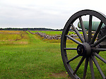 U.S Civil War field cannon & picket fence at Gettysburg battlefield - Gettysburg National Military Park - Pennsylvania