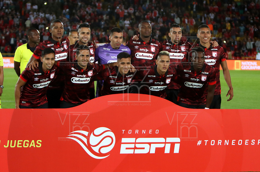 BOGOTç-COLOMBIA, 13-01-2020: Jugadores de Independiente Santa Fe, posan para una foto, antes de partido entre Independiente Santa Fe y Deportivo Cali, por el Torneo ESPN 2020, jugado en el estadio Nemesio Camacho El Campin de la ciudad de Bogot‡. / Players of Independiente Santa Fe, pose for a photo prior a match between Independiente Santa Fe and Deportivo Cali, for the ESPN Tournament 2020, played at the Nemesio Camacho El Campin stadium in the city of Bogota. Photo: VizzorImage / Luis Ram'rez / Staff.