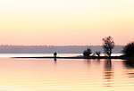Deutschland, Bayern, Chiemgau: Sonnenuntergang am Chiemsee | Germany, Upper Bavaria, Chiemgau: sunset at Lake Chiemsee