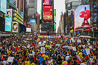 NEW YORK, NEW YORK - MAY 6: People from Colombia take part in a protest at Times Square on May 6, 2021. In New York. Violent clashes between protesters and riot police in Colombia continue after President Iván Duque ordered Congress to withdraw his tax reform law on Sunday. The international community reported that at least 19 people died, there are more than 846 injured and there are also missing people. (Photo by Pablo Monsalve/VIEWpress )