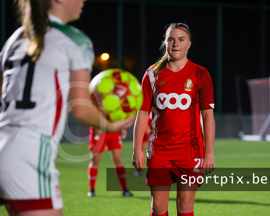 Davinia Vanmechelen (25 Standard) pictured during a female soccer game between Oud Heverlee Leuven and Standard Femina De Liege on the 10th matchday of the 2020 - 2021 season of Belgian Womens Super League , sunday 20 th of December 2020  in Heverlee , Belgium . PHOTO SPORTPIX.BE | SPP | SEVIL OKTEM