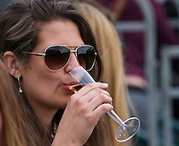 London, England, 28 june, 2016, Tennis, Wimbledon, Fan drinking champagne<br /> Photo: Henk Koster/tennisimages.com