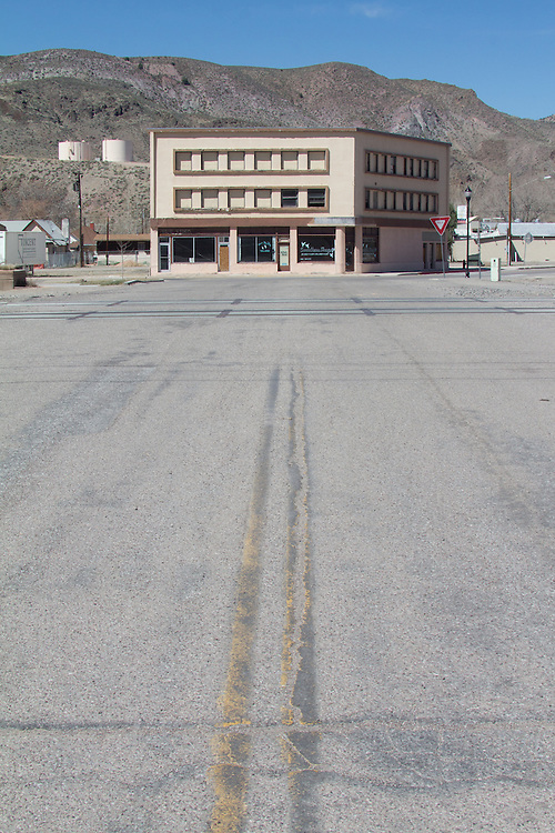 Caliente, Nevada, State Route 93, Old railroad town, America's disappearing small towns, railroad crossing,