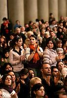 Funerali di Chiara Lubich, fondatrice e presidente del Movimento dei Focolari, alla Basilica di San Paolo fuori le Mura, Roma, 18 marzo 2008. L'arrivo del feretro..Funeral service of Chiara Lubich, founder and president of the Focolare Movement, at St. Paul's Basilica Outside the Walls in Rome, 18 march 2008. The coffin is carried in the Basilica..UPDATE IMAGES PRESS/Riccardo De Luca
