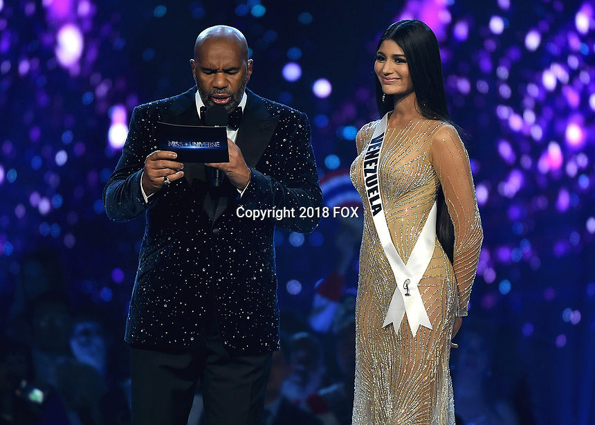 BANGKOK, THAILAND - DECEMBER 17:  Steve Harvey and Miss Venezuela Sthefany Gutierrez onstage on the 2018 MISS UNIVERSE competition at the Impact Arena in Bangkok, Thailand on December 17, 2018. (Photo by Frank Micelotta/FOX/PictureGroup)