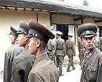 NR000104/Soldats visites the native house of the Great Leader Kim IL Sung in Mangyongdae...September 2000