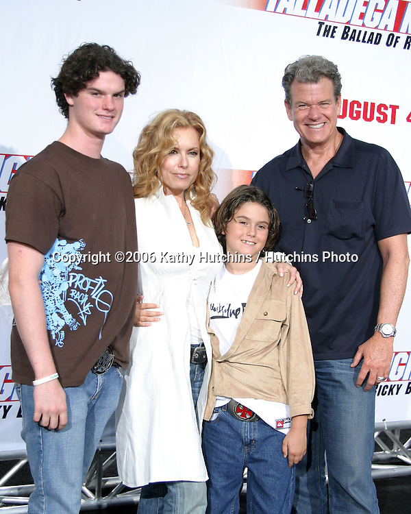 """Tracey Bregman and family.""""Talladega Nights:  The Ballad of Ricky Bobby """" Premiere.Grauman's Chinese Theater.Westwood, CA.June 14, 2006.©2006 Kathy Hutchins / Hutchins Photo...."""
