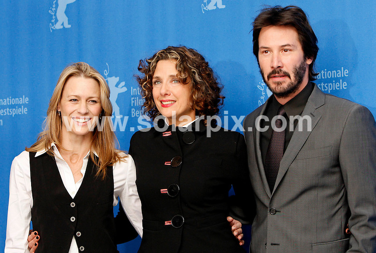 **ALL ROUND PICTURES FROM SOLARPIX.COM**.**SYNDICATION RIGHTS FOR UK AND SPAIN ONLY**.The photocall of 'The Private Lives Of Pippa Lee' at Berlinale, the 59th Berlin Film Festival. Berlin, Germany. 9 February 2009 ..This pic: Robin Wright Penn, Rebecca Miller and Keanu Reeves..JOB REF: 8437 CPR (Heinz) DATE: 09_02_2009.**MUST CREDIT SOLARPIX.COM OR DOUBLE FEE WILL BE CHARGED**.**ONLINE USAGE FEE  GBP 50.00 PER PICTURE - NOTIFICATION OF USAGE TO PHOTO @ SOLARPIX.COM**