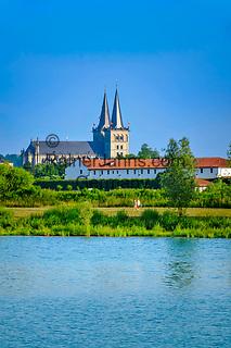 Deutschland, Nordrhein-Westfalen, Xanten: Xantener Suedsee und ehemalige Stiftskirche St. Viktor (Xantener Dom) im Hintergrund | Germany, Northrhine-Westphalia, Xanten: Xanten South Sea with Xanten cathedral at background