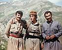 Iraq 1980 .In Tujela, left Azad Sagerma and right, Nou Shirwan with a peshmerga.Irak 1980.A Tujela, a gauche Azad Sagerma et a droite Nou Shirwan avec un peshmerga