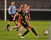 20131018 - ANTWERP , BELGIUM :  Telstar Lois Oudemast pictured during the female soccer match between Royal Antwerp FC Ladies and Telstar Vrouwen Ijmuiden , of the Eight' matchday in the BENELEAGUE competition. Friday 18 October 2013. PHOTO DAVID CATRY