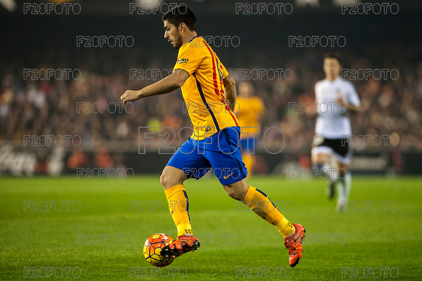 VALENCIA, SPAIN - DECEMBER 5: Suarez during BBVA LEAGUE match between Valencia C.F. and FC Barcelona at Ciudad de Valencia Stadium on December 5, 2015 in Valencia, Spain