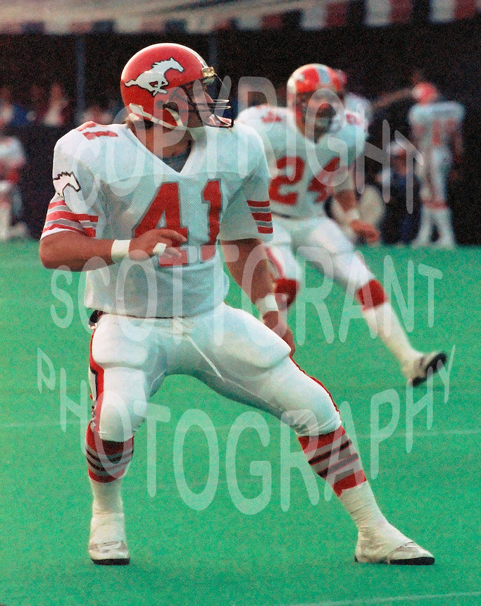 Brian Pillman Calgary Stampeders 1986. Photo F. Scott Grant