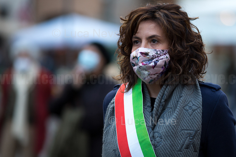 """Lorenza Fruci (Culture Councilor of the Municipality of Rome, here on behalf of the Mayor of Rome Virginia Raggi).  <br /> <br /> Rome, Italy, 17th Feb, 2021. Today, the Assaciazione Nazionale del Libero Pensiero """"Giordano Bruno"""" (1.), with the participation of a representatives of Comune di Roma (Rome's Municipality) and Comune di Nola (Nola's Municipality), held the 421st Anniversary of the death of Giordano Bruno (2. 3.) in Rome's Campo de' Fiori (4.). On the 17th February 1600 the Dominican friar, Philosopher, mathematician, poet, occultist and cosmological theorist - after being charged of heresy by the Roman Inquisition due to be on denial of several core Catholic doctrines - was burned alive with his tongue in a gag in Rome's Campo dei Fiori. Father of the theories of the Infinite Universe and Worlds, «[…] Bruno's theories influenced 17th-century scientific and philosophical thought and, since the 18th century, have been absorbed by many modern philosophers. As a symbol of the freedom of thought, Bruno inspired the European Liberal movements of the 19th century, particularly the Italian Risorgimento (the movement for national political unity). […] his ethical ideas, in contrast to religious ascetical ethics, appeal to modern humanistic activism; and his ideal of religious and philosophical tolerance has influenced liberal thinkers […]» (5.).<br /> <br /> Footnotes & links:<br /> 1. http://www.periodicoliberopensiero.it/<br /> 2. https://bit.ly/2bBI5th (Wikipedia.org, ENG) <br /> 3. https://bit.ly/2Vb72mI (Treccani.it, ITA)<br /> 4. https://bit.ly/1OU5RzD (Wikipedia.org, ENG)<br /> 5. https://bit.ly/2BvzNQw (Britannica.com, ENG)<br /> 17.02.2019 - Giordano Bruno Anniversary in Rome's Campo de' Fiori (Foto / Video): http://bit.do/fNMSg & https://vimeo.com/318849723"""