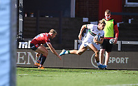 5th September 2020; Kingsholm Stadium, Gloucester, Gloucestershire, England; English Premiership Rugby, Gloucester versus London Irish; Ollie Hassell-Collins of London Irish goes round Ollie Thorley of Gloucester to score in the corner