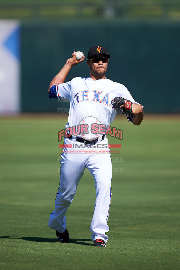 Surprise Saguaros Isiah Kiner-Falefa (20), of the Texas Rangers organization, during warmups before a game against the Glendale Desert Dogs on October 22, 2016 at Surprise Stadium in Surprise, Arizona.  Surprise defeated Glendale 10-8.  (Mike Janes/Four Seam Images)