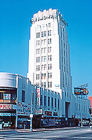 Los Angeles: Desmonds, 1514 Wilshire Blvd. Gilbert S. Underwood, 1928-29. Zig-Zag Moderne Department Store.  Photo '82.