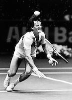 1983,Rotterdam,ABN Tennis, HET moment waarop Peter Mc Namara zijn knie verdraaid en het einde van zijn carriere betekende.