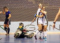 Viktoria Huse, Lisa Altenburg    celebration   goal<br /> / Sport / Hockey Hnhockey / World Championships Weltmeisterschaft Damen /  2017/2018 / 07.02.2018 / GER BRGermany vs. Russland  *** Local Caption *** © pixathlon<br /> Contact: +49-40-22 63 02 60 , info@pixathlon.de