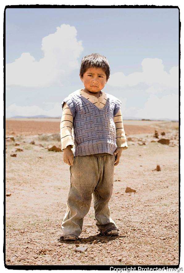 Bolivie- Cordillère des Andes- Sur la route des mines de Potosi- hauts plateaux.
