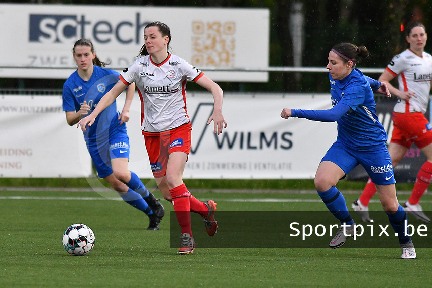 Summer Rogiers (8) of Zulte Waregem and Lorene Martin (6) of KRC Genk pictured during a female soccer game between  Racing Genk Ladies and SV Zulte-Waregem on the 7 th matchday of play off 2 in the 2020 - 2021 season of Belgian Scooore Womens Super League , friday 14 th of May 2021  in Genk , Belgium . PHOTO SPORTPIX.BE | SPP | JILL DELSAUX