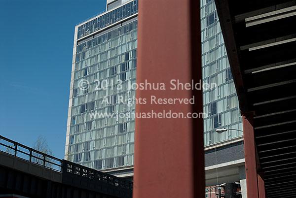 Hotel Gansevoort and High Line Park