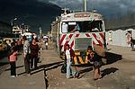 Amérique du Sud. Equateur. Trekking sur les volcans d'Equateur. Autoferro dans la ville d'Ibarra, un pitoresque bus sur rail  qui descend les pentes escarpées des Andes vers San Lorenzo au bord du Pacifique.South America. Ecuador. Trekking on the volcanoes