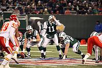 Quarterback Kellen Clemens (Jets)sagt den Spielzug an<br /> New York Jets vs. Kansas City Chiefs<br /> *** Local Caption *** Foto ist honorarpflichtig! zzgl. gesetzl. MwSt. Auf Anfrage in hoeherer Qualitaet/Aufloesung. Belegexemplar an: Marc Schueler, Am Ziegelfalltor 4, 64625 Bensheim, Tel. +49 (0) 6251 86 96 134, www.gameday-mediaservices.de. Email: marc.schueler@gameday-mediaservices.de, Bankverbindung: Volksbank Bergstrasse, Kto.: 151297, BLZ: 50960101