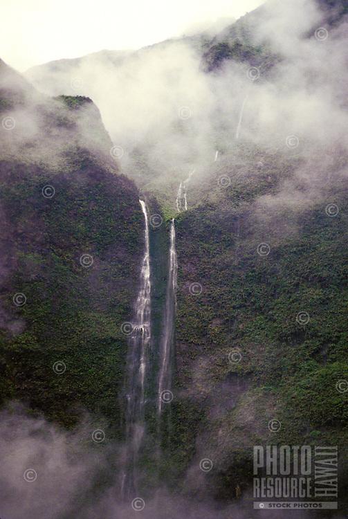 Wailua headwaters with mist