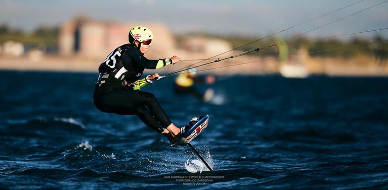 British kite foiler Ellie Aldridge