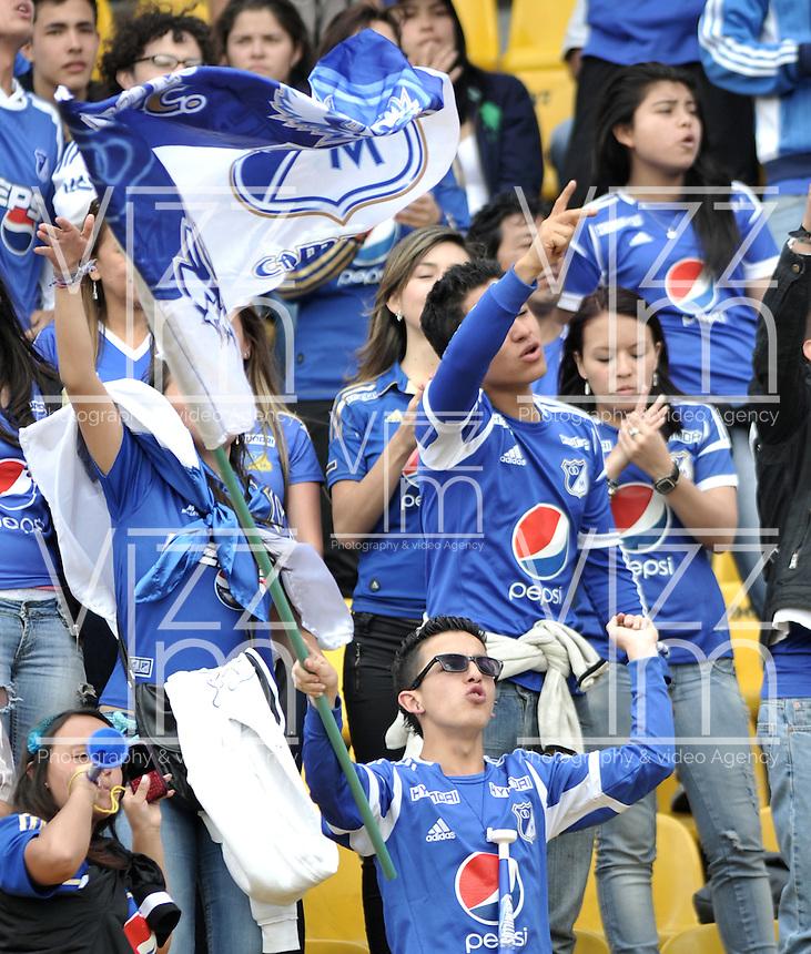 """BOGOTA-COLOMBIA-ENERO 27: Hinchas de Millonarios animan a su equipo durante juego por la SuperLiga de Campeones, en el estadio Nemesio Camacho """"El Campin""""  en la ciudad de Bogotá, enero 27 de 2013, (Foto/VizzorImage / Luis Ramírez / Staff).  Supportes of Millonarios cheer their team during a match For the Champions Super League at the Nemesio Camacho  """"El Campin"""" stadium in Bogota city, on January 24, 2013 (Photo: VizzorImage /Luis Ramírez / Staff)"""