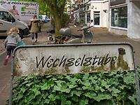 Wechselstube -  Second  Hand Kleidung, Eppendorfer Weg 273 in Hamburg-Hoheluft-Ost, Deutschland, Europa<br /> Wechselstube -  Second  Hand wear, Eppendorfer Weg 273 in Hamburg-Hoheluft-Ost, Germany, Europe
