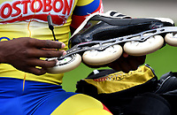 BOGOTA - COLOMBIA - 27 - 06 - 2017: Ivan Andrey Campo, patinador de la Selección Colombia de Carreras Manzana Postobon, prepara sus patines, durante entreno en el Patinodromo El Salitre de la Ciudad de Bogota. La selección Colombia de Patinaje de Carreras, entrena en la capital de la república, con miras a los eventos internacionales del año, Los World Games en Polonia en el mes de julio; Los Roller Games en China, en el mes de septiembre y los Juegos Bolivarianos en Colombia, en el mes de noviembre. /  Ivan Andrey Campo, skater of the Colombia team of Skating Races Manzana Postobon, prepares his skates, during training in the Patinodrome El Salitre of the City of Bogota. The Colombia Team of Skating Races, trains in the capital of the republic, with a view to the international events of the year, The World Games in Poland in the month of July; The Roller Games in China, in September and the Bolivarian Games in Colombia, in November. / Photos: VizzorImage / Luis Ramirez / Staff.