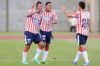 ITAG†ê -COLOMBIA-16-11-2013. Edwin Cardona ( Izq) jugador del Atletico Junior celebra su gol contra el Itagui ,partido correspondiente  a la primera fecha de los cudrangulares finales de la Liga Postobon II semestre ,estadio Metropolitano  de Itagui / Edwin Cardona (left) Atletico Junior player celebrates his goal against Itagui game for the first date of the end of the League cudrangulares Postobon II semester Itagui Metropolitan Stadium Photo:VizzorInage / Luis Rios / Stringer