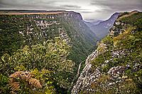 Canyon Fortaleza no Parque Nacional da Serra Geral. Aparados da Serra. Cambara do Sul. Rio Grande do Sul. Foto de Andre Arcenio.