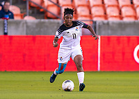HOUSTON, TX - JANUARY 28: Marta Cox #11 of Panama passes the ball during a game between Costa Rica and Panama at BBVA Stadium on January 28, 2020 in Houston, Texas.