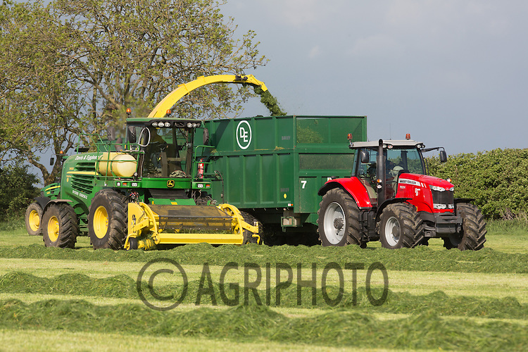 John Deere Self propelled forage harvester working in Leicestershire Spring 2013.Picture Tim Scrivener 07850 303986.tim@agriphoto.com.?.covering agriculture in the UK?.