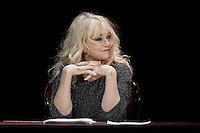 Mylene DEMONGEOT - Filage de la piece LOVE LETTERS le 13 janvier 2017 - Comedie des Champs Elysees Paris - France