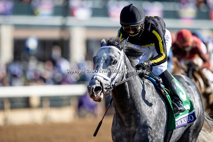 November 7, 2020 : Knicks Go, ridden by Joel Rosario, wins the Big Ass Fans Dirt Mile on Breeders' Cup Championship Saturday at Keeneland Race Course in Lexington, Kentucky on November 7, 2020. Alex Evers/Breeders' Cup/Eclipse Sportswire/CSM