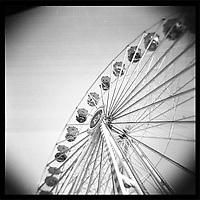 "lomographic series ""life's focus"" - photo: Francis Rembarz"