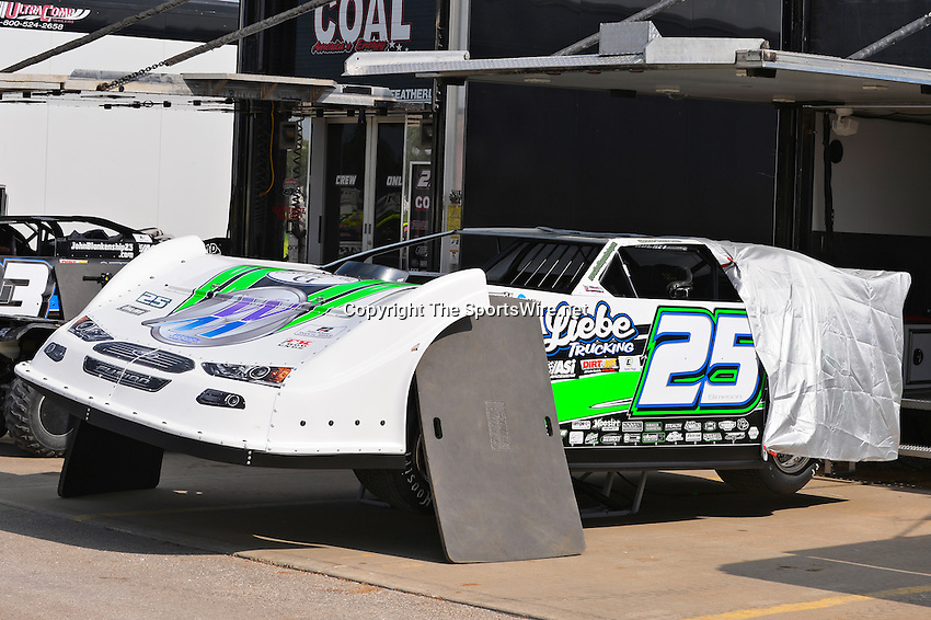 May 22, 2014; 4:27:31 PM; Wheatland, Mo., USA; The  Lucas Oil Late Model Dirt Series running the 22nd Annual Lucas Oil Show-Me 100 Presented by ProtectTheHarvest.com.  Mandatory Credit: (thesportswire.net)