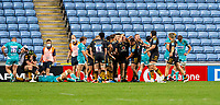 21st August 2020; Ricoh Arena, Coventry, West Midlands, England; English Gallagher Premiership Rugby, Wasps versus Worcester Warriors; Alfie Barbeary of Wasps celebrates with the team after he scores a try