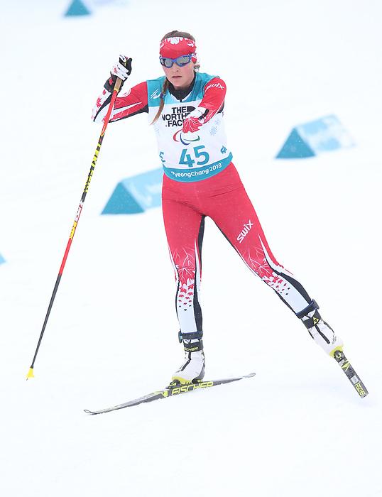 Brittany Hudak, PyeongChang 2018 - Para Nordic Skiing // Ski paranordique.<br /> Brittany Hudak wins bronze in women's standing biathlon // Brittany Hudak remporte le bronze au biathlon debout féminin. 17/03/2018.