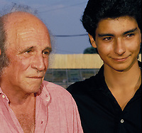 LÉO FERRÉ ET SON FILS MATHIEU <br /> EN JUILLET 1987 AUX FRANCOFOLIES DE LA ROCHELLE.<br /> Credit : Cisfr/DALLE