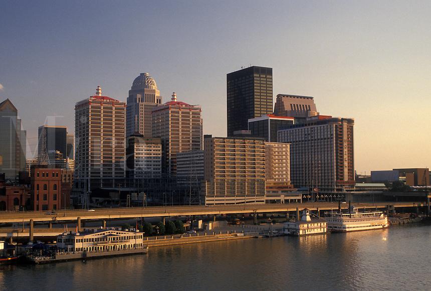 skyline, Louisville, KY, Kentucky, Ohio River, Skyline of downtown Louisville along the Ohio River.