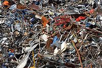 Schrott im Hamburger Hafen: EUROPA, DEUTSCHLAND, HAMBURG, (EUROPE, GERMANY), 27.03.2013: Schrott im Hamburger Hafen
